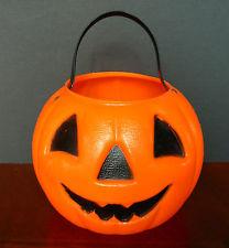 plastic-trick-or-treat-pumpkin