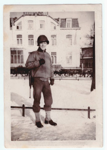 dad-in-holland-nov-1944